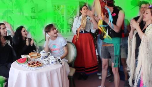 Roi Porto organiza un after party en el nuevo programa de Alaska y Mario