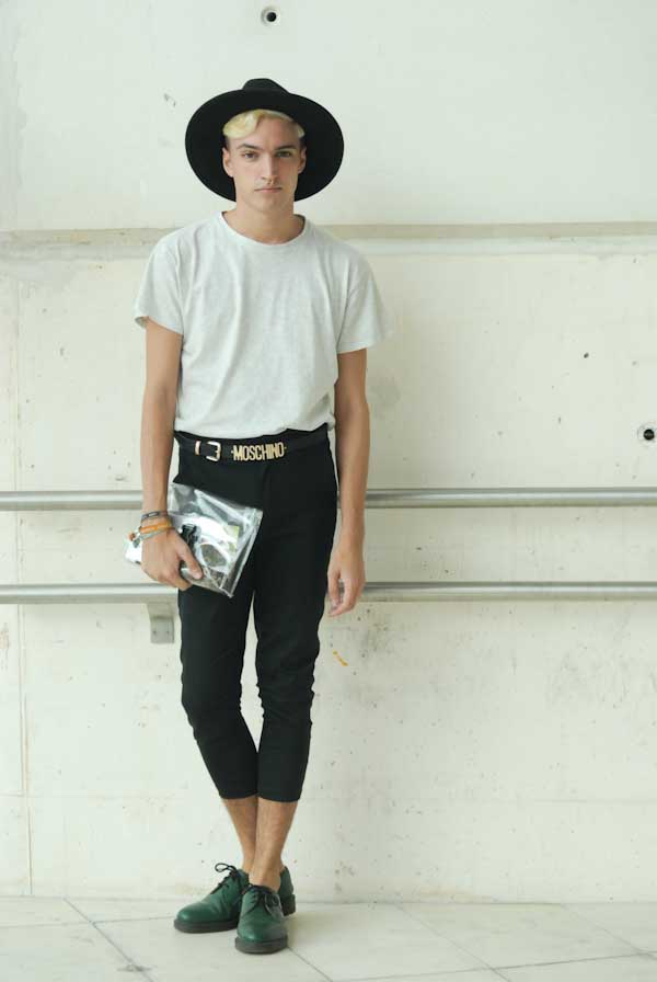 Adrian Cabalero estudiante de moda