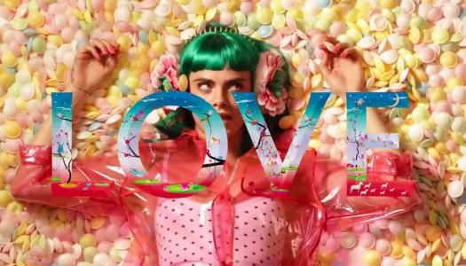 Chuches, música y pelos de colores en el Lip Sync de Cara Delevingne