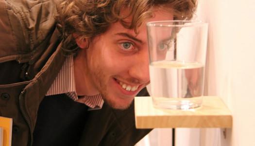 Un vaso de agua medio lleno, ¿es arte?