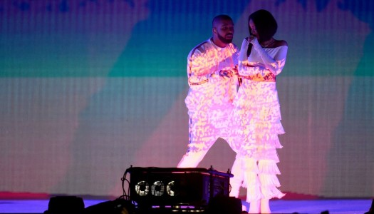 ¡Rihanna y Drake bailan WORK en los BRIT Awards!