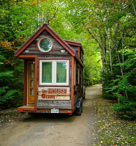 Tiny-House-Giant-Journey-12