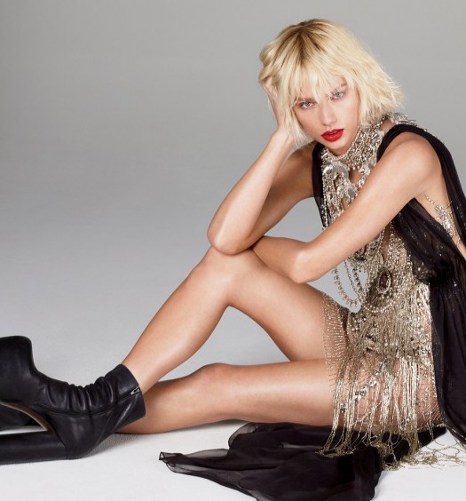 Taylor Swift - Vogue  (2)