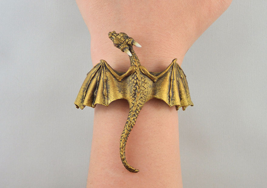 mother of dragons  (5)