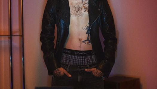El rapero español YUNG BEEF protagoniza la nueva campaña de Calvin Klein