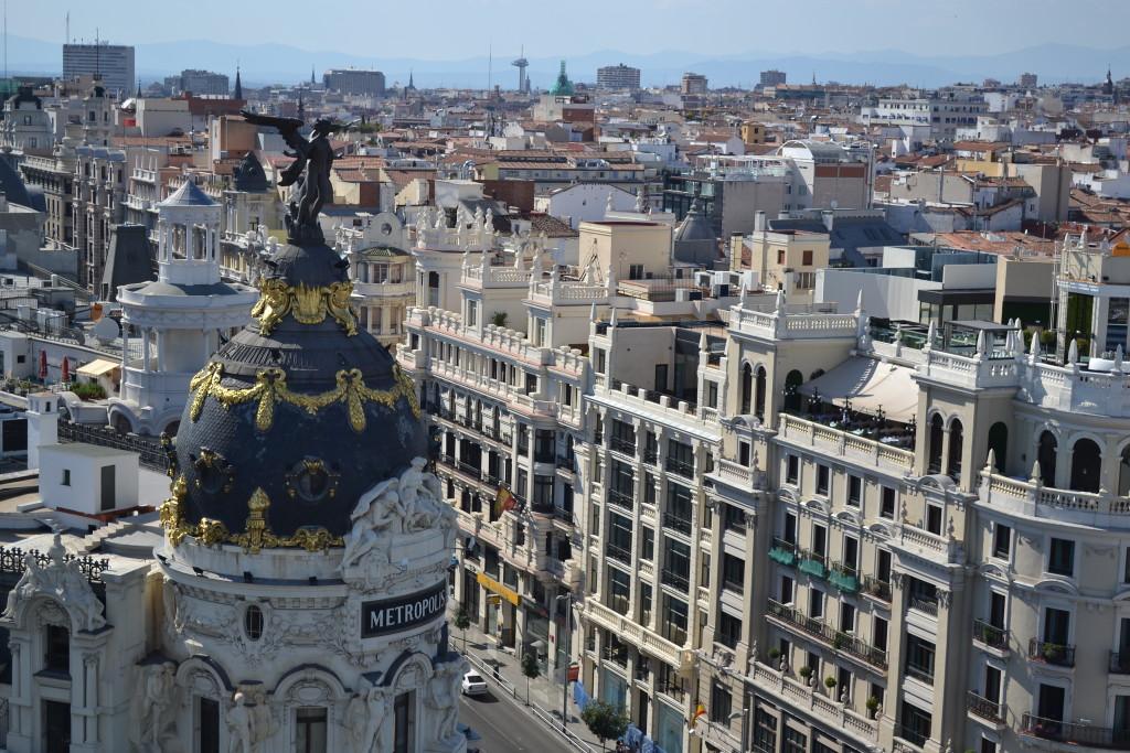 Edificio_Metropolis_desde_Círculo_de_Bellas_Artes_-_Madrid