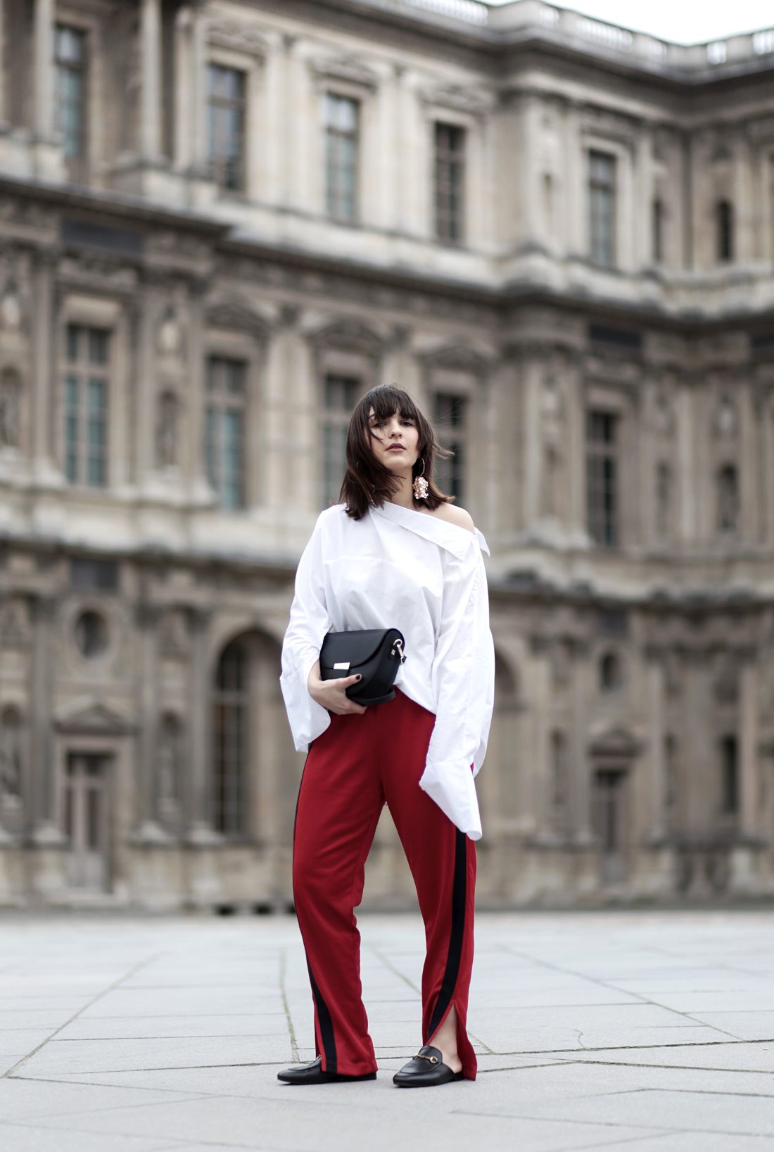 AnaisEleni_FashionBlog_Paris_Gucci_Princetown_Slipper_Red_Pants_Athleisure_HMTrend_Blouse_bigsleeves_statement_earrings_celine_lookalike.02.17-8
