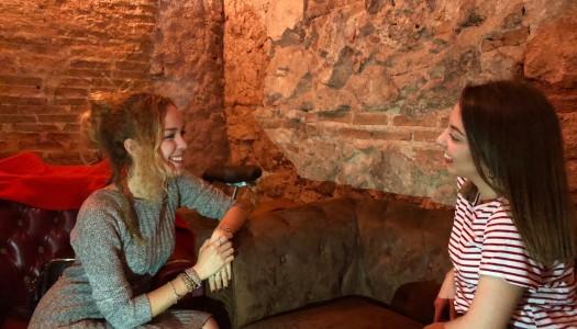 """Paula Dalli publica """"Caramelos de café"""", desvela secretos Disney y nuevos proyectos"""