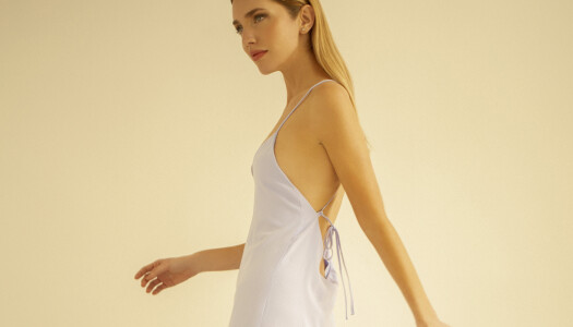Esta firma 'Made-in-Spain' tiene los vestidos que te convertirán en la invitada perfecta