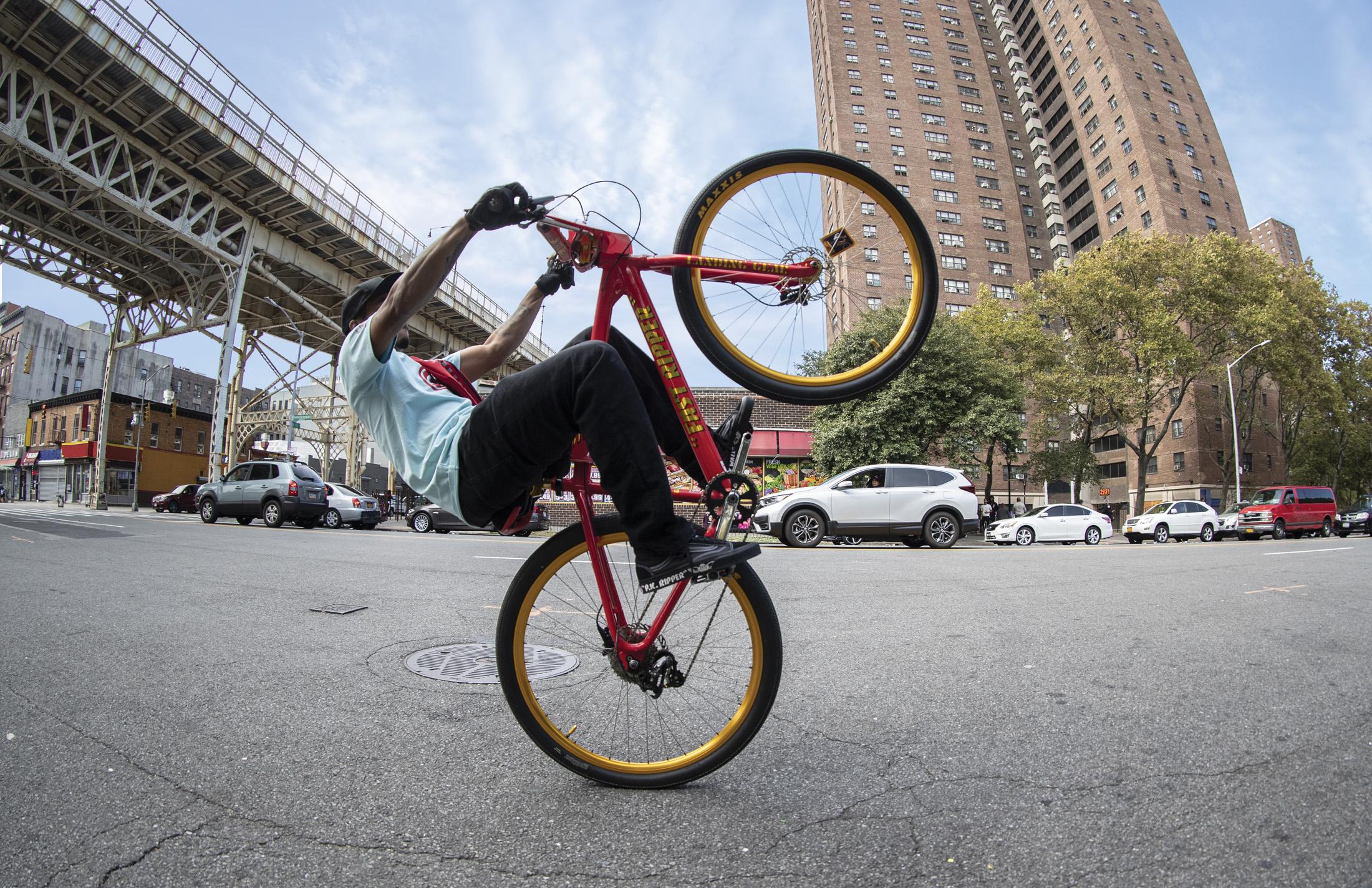 SP21_Lifestyle_SE_Bikes_PKRIPPER_1833