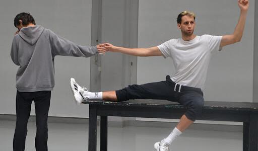 Cicuta Contagiosa, la nueva propuesta escénica de Miguel Deblas llega a Réplika Teatro