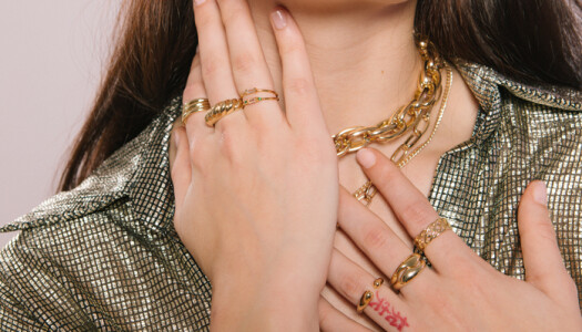 Ring stacking: así se llevan los anillos este verano
